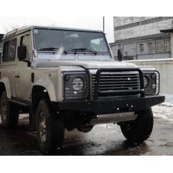 Передний бампер Land Rover Defender