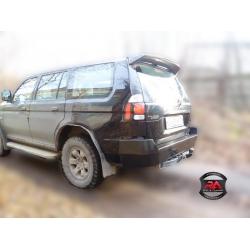 Задний бампер Mitsubishi Pajero Sport